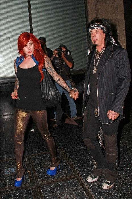 jesse james and kat von dee. KAT VON D TOOK NIKKI SIXX FOR