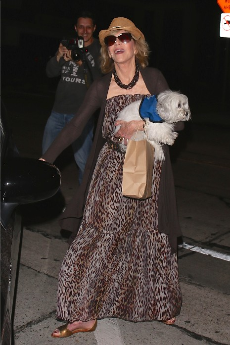 Jane Fonda leaves Craigs after having dinner with husband