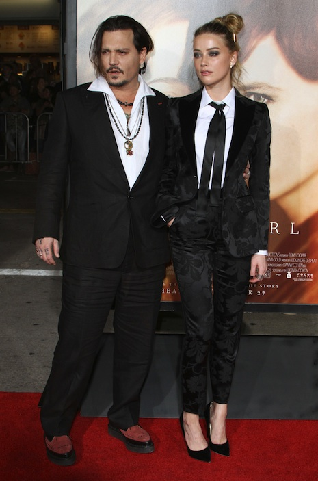 Johnny Depp, Amber Heard attends the premiere of 'The Danish Girl' in Los Angeles