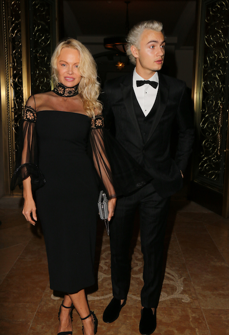 Pamela Anderson Creates Quite A Stir Every Time She Brings Her Sons With Ex Husband Tommy Lee To Hollywood Events Brandon Lee 20 Now Has Hair Matching