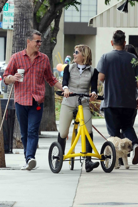 3458894c54e29 Selma Blair looks adorable on her new Alinker walking bike – she s on her  way to get coffee at Alfred s with her boyfriend David Price and their  little dog.